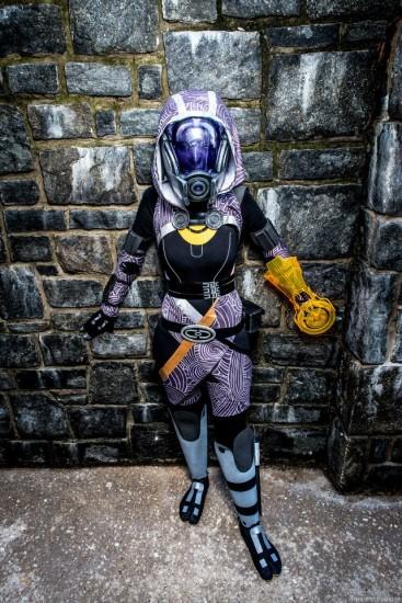 mass-effect-cosplay4-367x550